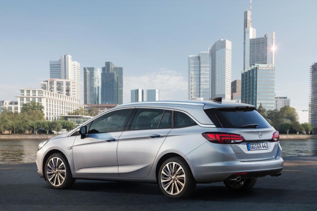 Opel Astra (© GM Company)